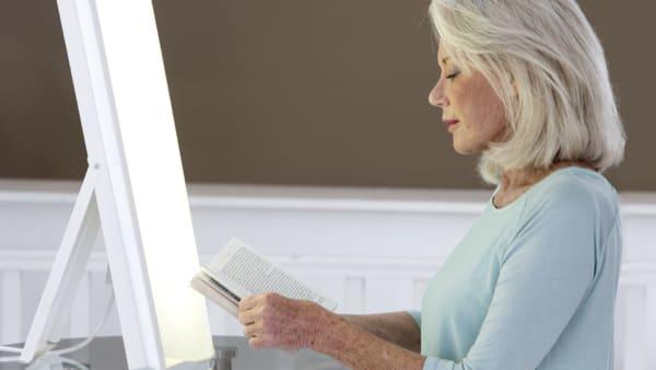 luminotherapie apnées du sommeil luminotherapie sommeil medecin du sommeil paris specialiste sommeil paris docteur herve le bris paris 8